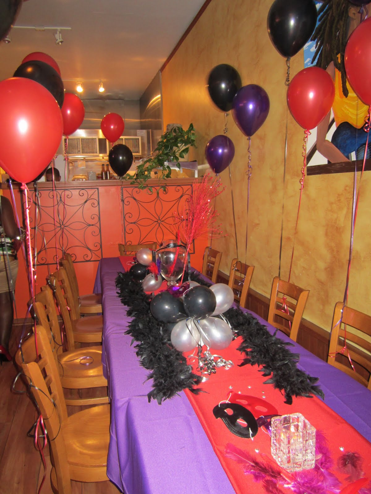 How To Decorate A Birthday Dinner Red Purple Black